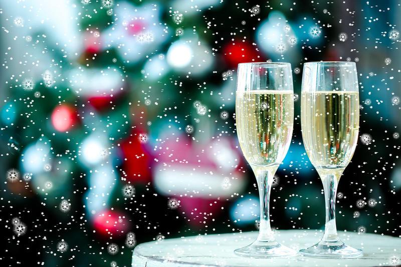 Шампанское и снежинки фото