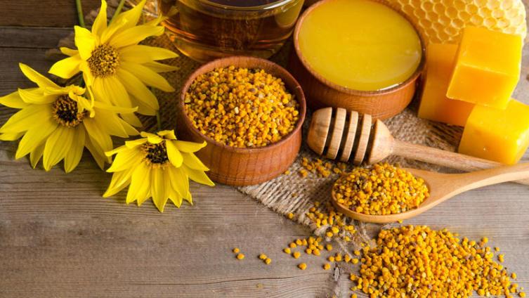 Что такое пчелиный воск и как его применять?