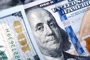 Доллар растет. Когда это закончится, и чем это нам грозит?