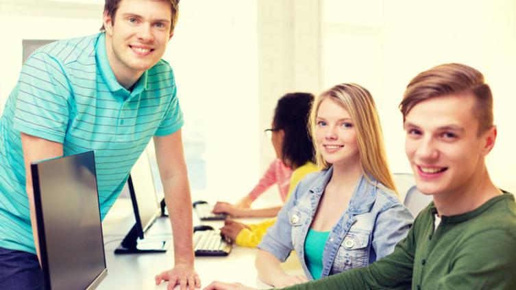 Как заработать студенту дневного отделения?