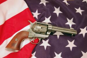 Револьвер Colt Single Action Army обр. 1873 г. Почему он получил прозвище «Великий Уравнитель»? 1. История создания и конструкция
