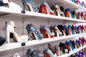 Женщины и обувь. Почему туфли – это лучший подарок девушке?