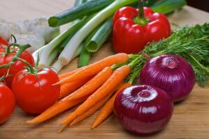 Цветовое питание на новогоднем столе. Какой цвет подарит успех?
