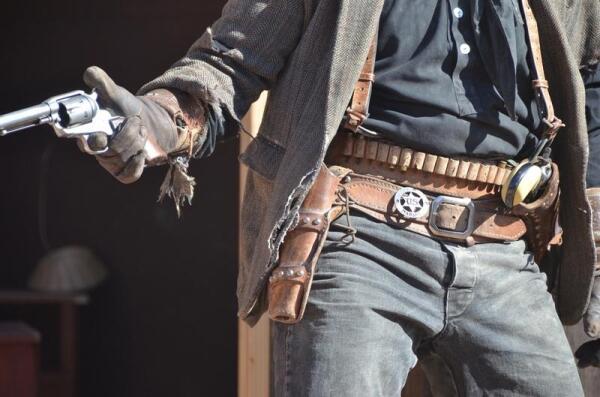 Ковбойская стрельба в стиле Fast Draw. Во что превратилась «ковбойская дуэль»? Ч 1. История возникновения.