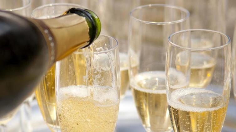 Как насладиться шампанским в полной мере?