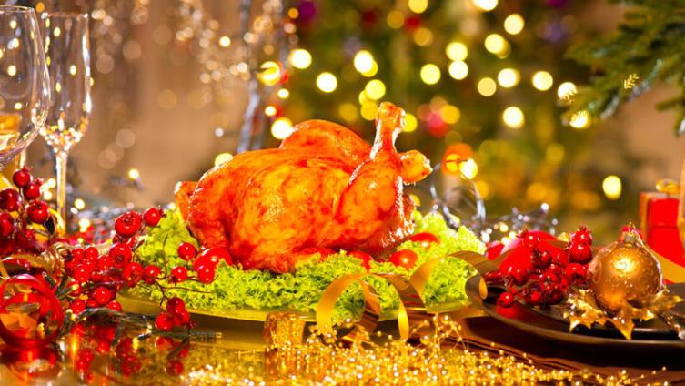 Как создать тёплую атмосферу за новогодним столом? Подбираем правильное меню!