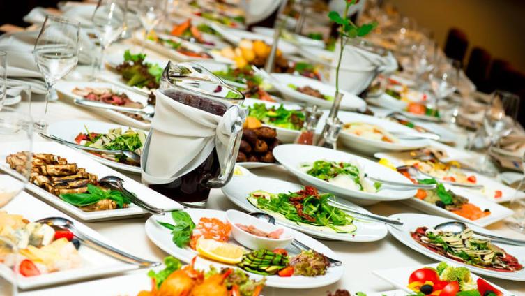 Как приготовить много и вкусно для большого количества гостей?