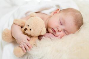 Отход ко сну желательно организовать как ежедневный привычный ритуал и в одно и то же время...