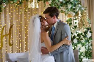 Комедия «Горько!» (2013). И этой свадьбе было места мало?