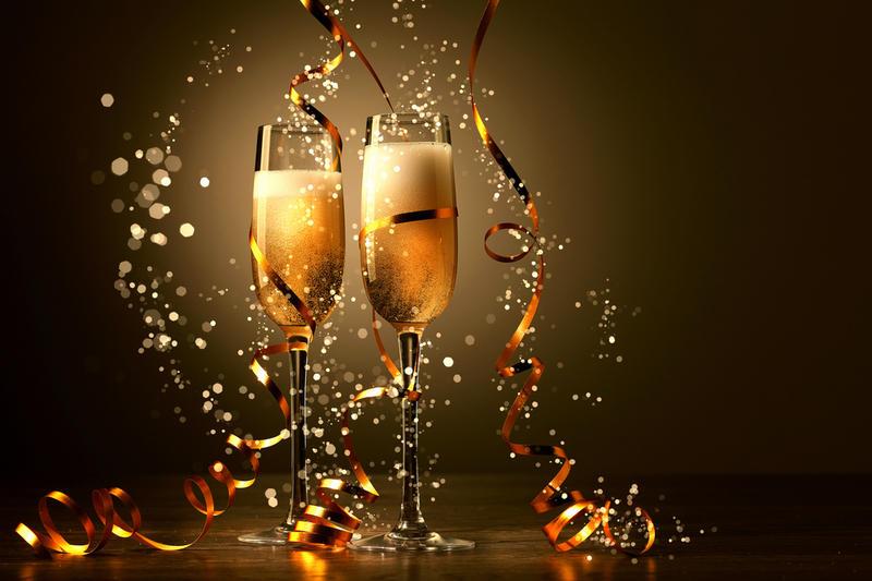 Поднимем бокалы? С Новым Годом!