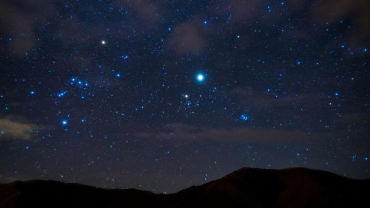 Что можно увидеть на небе в Новогоднюю ночь?