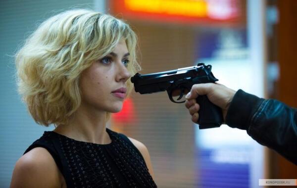 «Люси» (2014). Как Люк Бессон создал свою блондинку вне закона?
