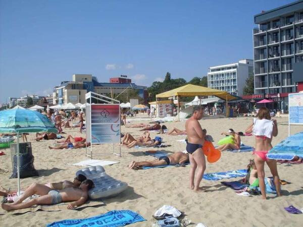 Вторая линия пляжа в Солнечном Береге