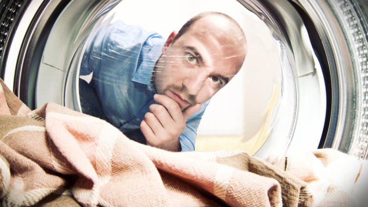 Кто придумал стиральную машину? Интересные факты о стирке