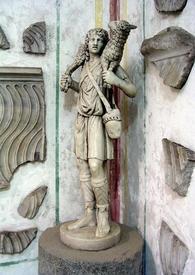 Добрый Пастырь из римских катакомб. Христос тогда ещё изображался безбородым юношей.