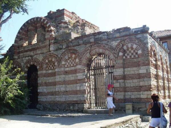 Старинные здания завораживают