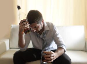 Алкоголизм. Что поможет остановиться вовремя?