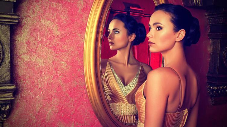 Как правильно выбрать большое зеркало в дом?
