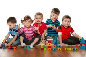 Какие сомнения мучают родителей, отдающих ребенка в детский сад?
