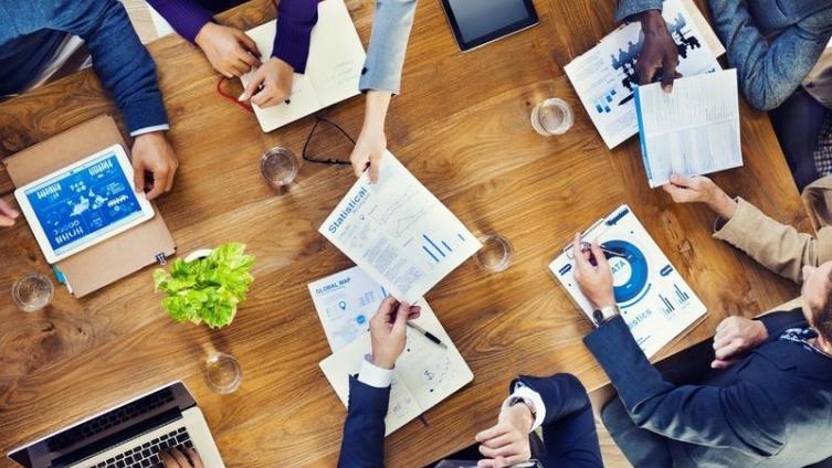 Программа нематериальной мотивации персонала: как поднять производительность труда на должный уровень?