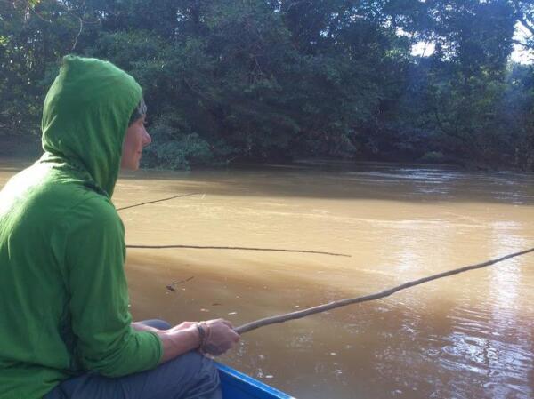 Ловим в мутной водичке пираний и барракуд