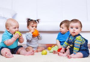 Как и когда можно усаживать ребёнка?