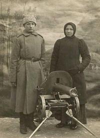Пулеметчик 1-го пулеметного запасного полка. 1916 г.