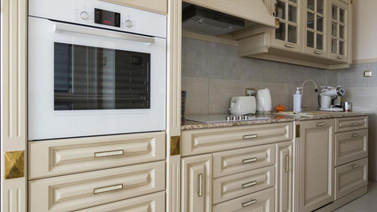 Сделайте бытовую технику главным элементом кухни