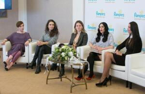 Public talk «Свобода движений». Обсудим важные детские вопросы в компании звёздных мам?