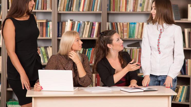 Чем полезны и почему бесполезны тренинги по построению отношений?