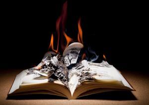 Случайно ли сгорела библиотека на Нахимовском?