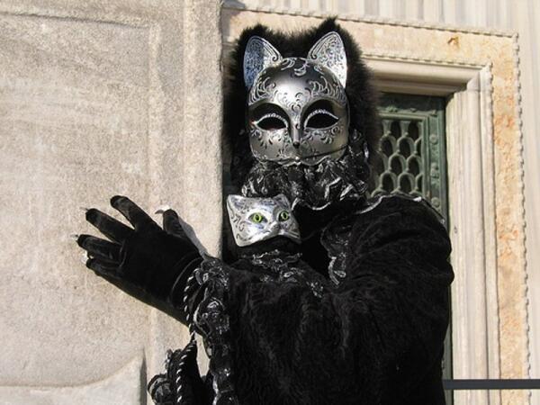 Венецианская маска Гато