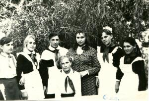 Ребёнок и иностранный язык в советское время. А как было у вас?