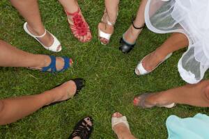 Как женские ноги вырвались на свободу? Часть 1: от ступни до щиколотки
