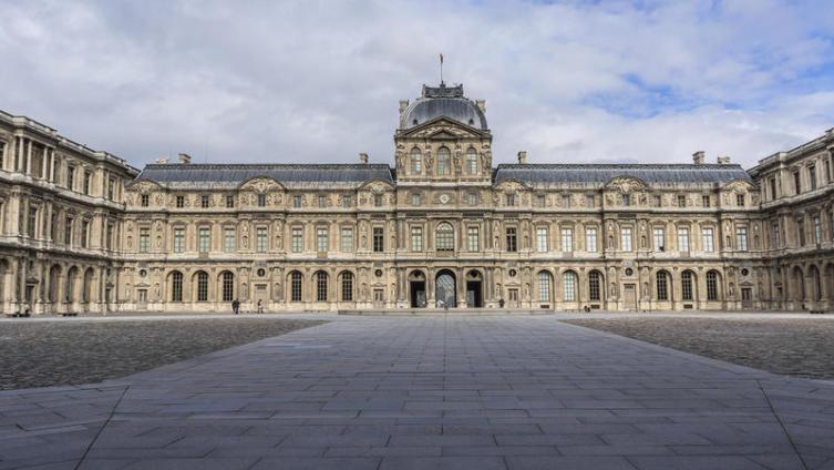 Лувр, дворец французских королей
