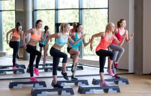Фитнес-клуб или домашние тренировки - что лучше?