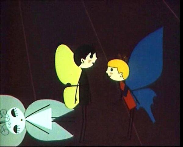 «– А помнишь, нам Нина Николаевна рассказывала, что бабочки опыляют цветки…» «– Ну и пусть опыляют себе! А мы с тобой не будем! Дураков нет!».