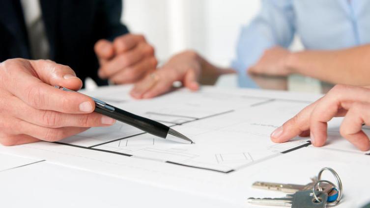 Как действовать, если дом нужно продать срочно?