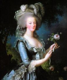 Если верить братьям Гонкурам, в конкурсе на самую лучшую грудь, который проходил в Версале, победила королева Франции Мария Антуанетта. Кто бы сомневался… Затем мастера даже сделали чашу в форме груди своей королевы.
