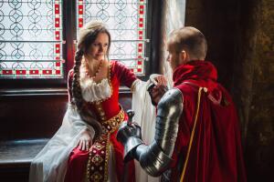 Каким был идеал женской груди в разные времена? Часть 1: античная и средневековая