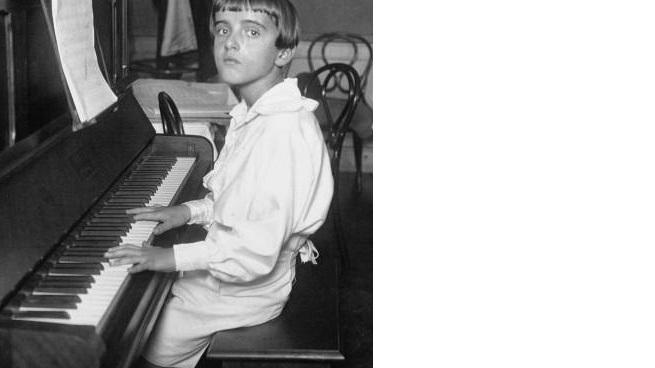 Нино Рота в возрасте 12 лет