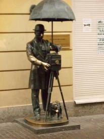 Скульптура фотографа на Малой Садовой