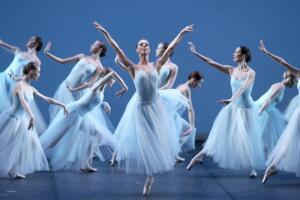 Самый первый балетный спектакль в России: когда он был показан и что о нём известно?