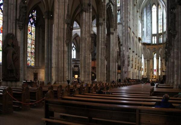 Кельнский собор, вид изнутри