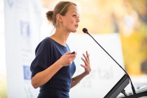 Как сделать свою речь более яркой и выразительной?