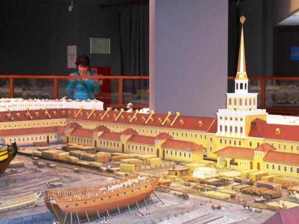 Строительство кораблей на верфи Адмиралтейства