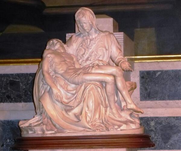 Копия Пьеты Микеланджело