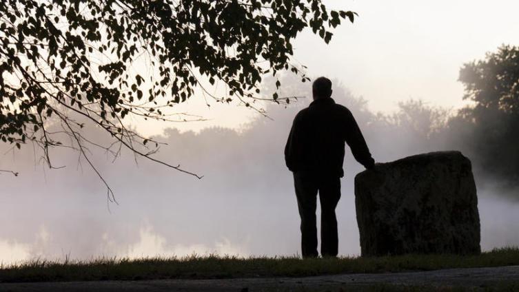 Мужское одиночество. Как возникает дефицит невест в России?