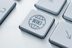 Какие глупые шутки подрывают доверие к Википедии?