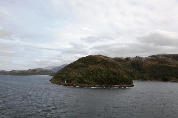 Маяк на одном из островов